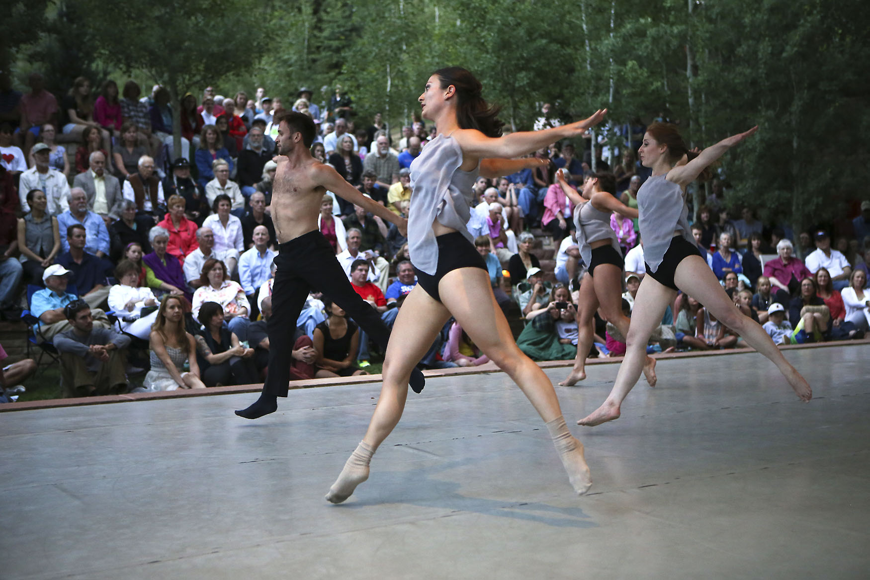 A performance by Keigwin + Company at the festival. Image courtesy Green Box Arts Festival.
