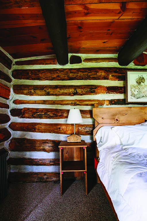 A working guest ranch, Zapata offers comfy accommodations, natural science classes, rangeland education programs and authentic cowboy experiences.