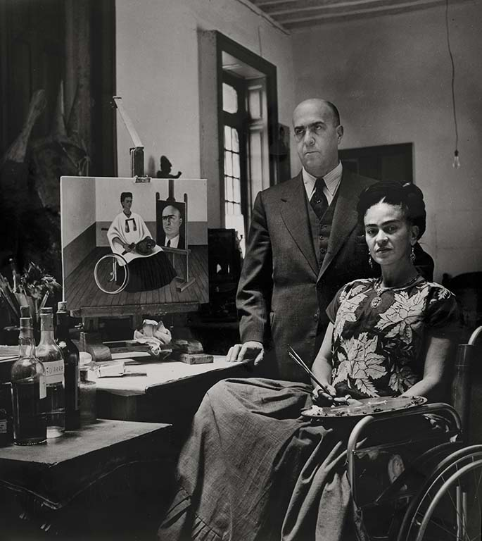 Frida Kahlo with the doctor Juan Farill, by Gisèle Freund, 1951 ©Frida Kahlo Museum