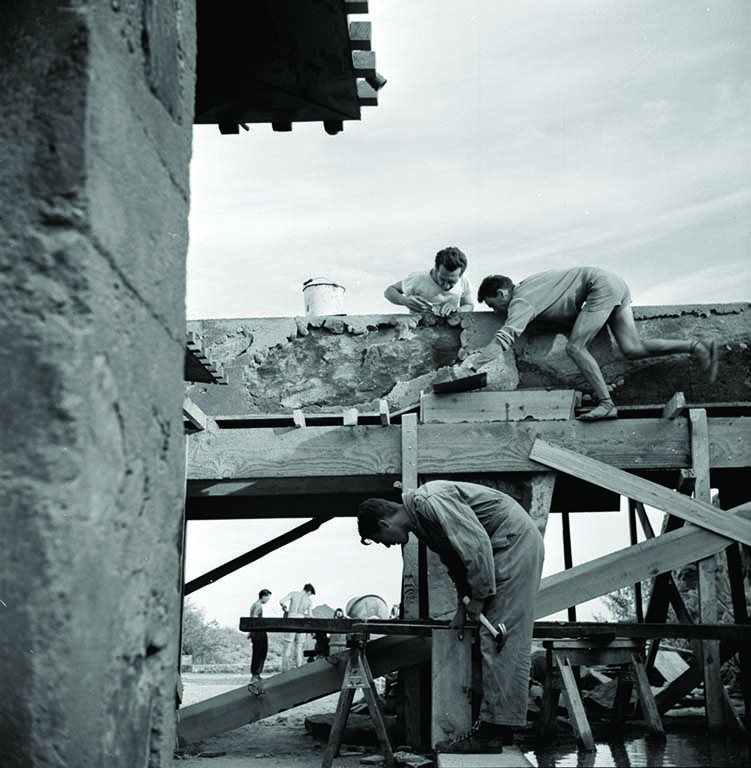 Apprentices were expected to help design and build projects. Image via the Pedro E. Guerrero Archives.