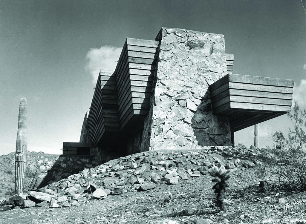 The Rose Pauson House, which burned down in 1943. Image via the Pedro E. Guerrero Archives.