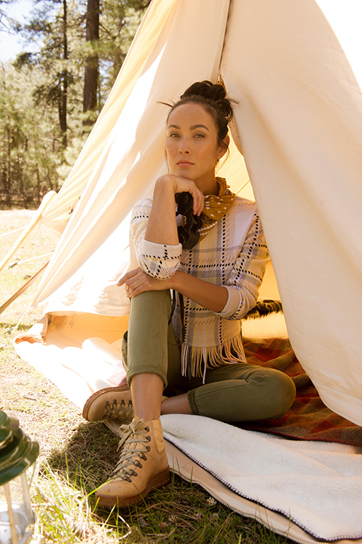 Left: Plaid fringe sweater by Chloé, available at ByGeorge, Austin. Pants by Anthropologie. Bandana by The Hill-Side, available at Stag Provisions. Canvas Bell Tent by Stout Tent.