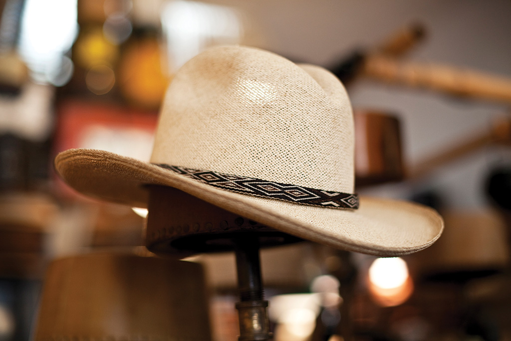 Óptimo Custom Hatworks