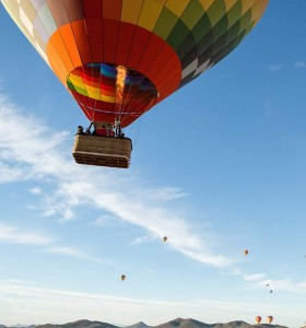 small-15_12_31am_float_balloon_tours_056